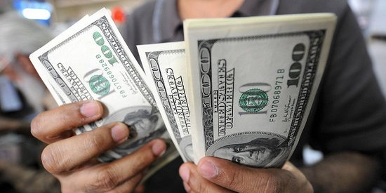Пользователи сети поделились самыми странными способами экономить деньги