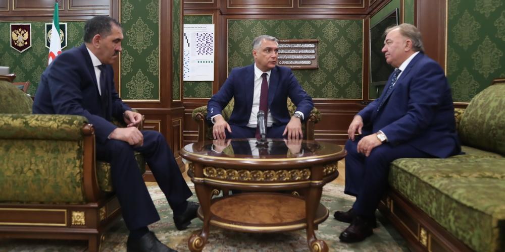 Полпред президента в СКФО представил врио главы Ингушетии