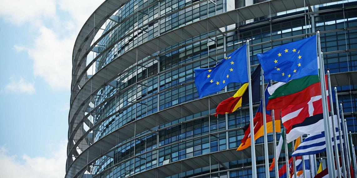 Европарламент перечислил пять принципов построения отношений с Россией