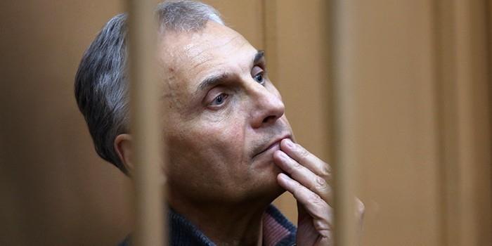 Из дела Хорошавина пропала ручка за 36 млн рублей