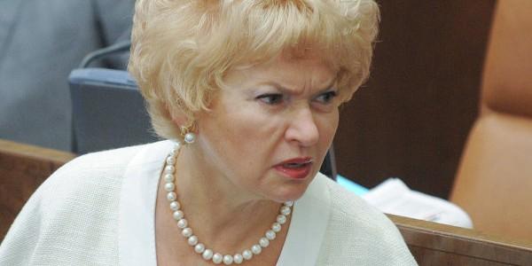 Мать Собчак засомневалась в правдивости своей декларации о доходах