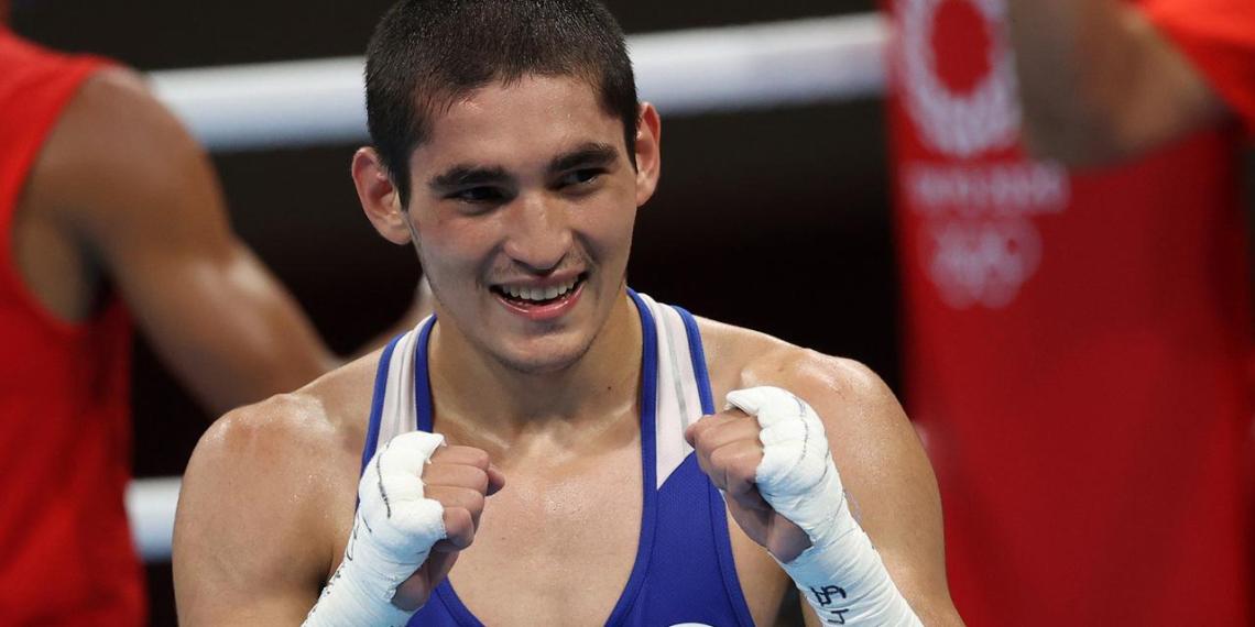 Боксер Батыргазиев стал олимпийским чемпионом