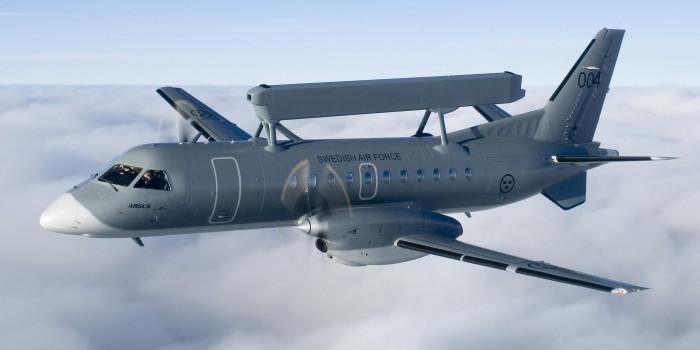 Шведские самолеты-разведчики приблизились к российской границе
