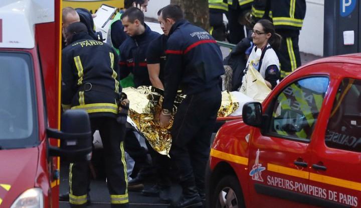 На окраине Парижа произошла перестрелка, тяжело ранен полицейский
