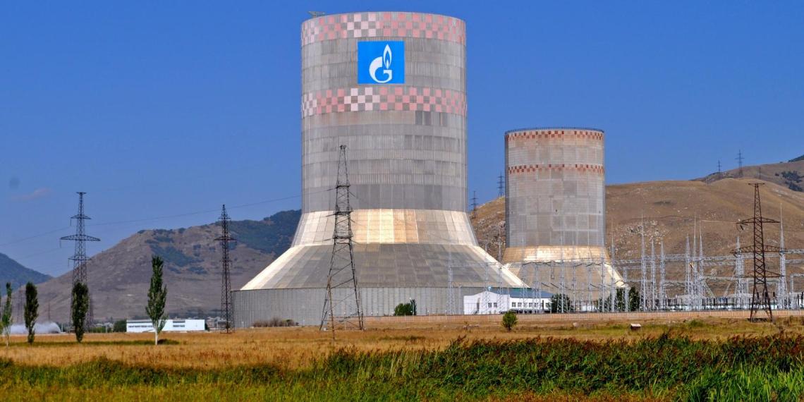 """""""Газпром"""" начнет поставки газа в Армению через Азербайджан"""