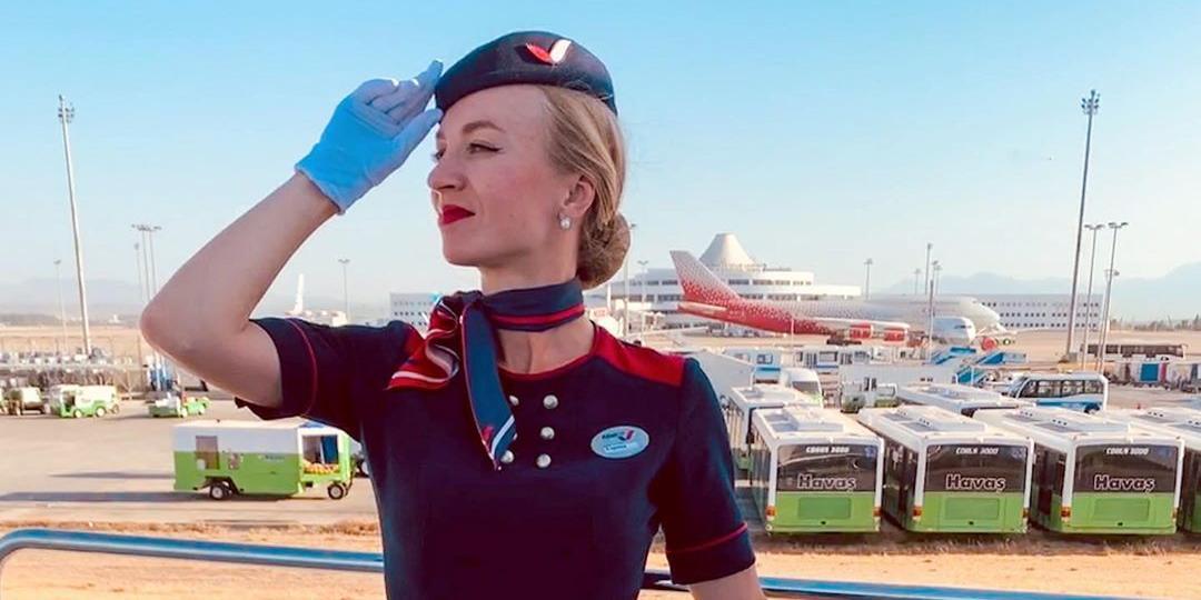 Стюардесса перечислила наиболее раздражающие фразы пассажиров
