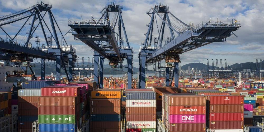 Bloomberg: закрытие порта в Китае грозит мировой торговле катастрофой