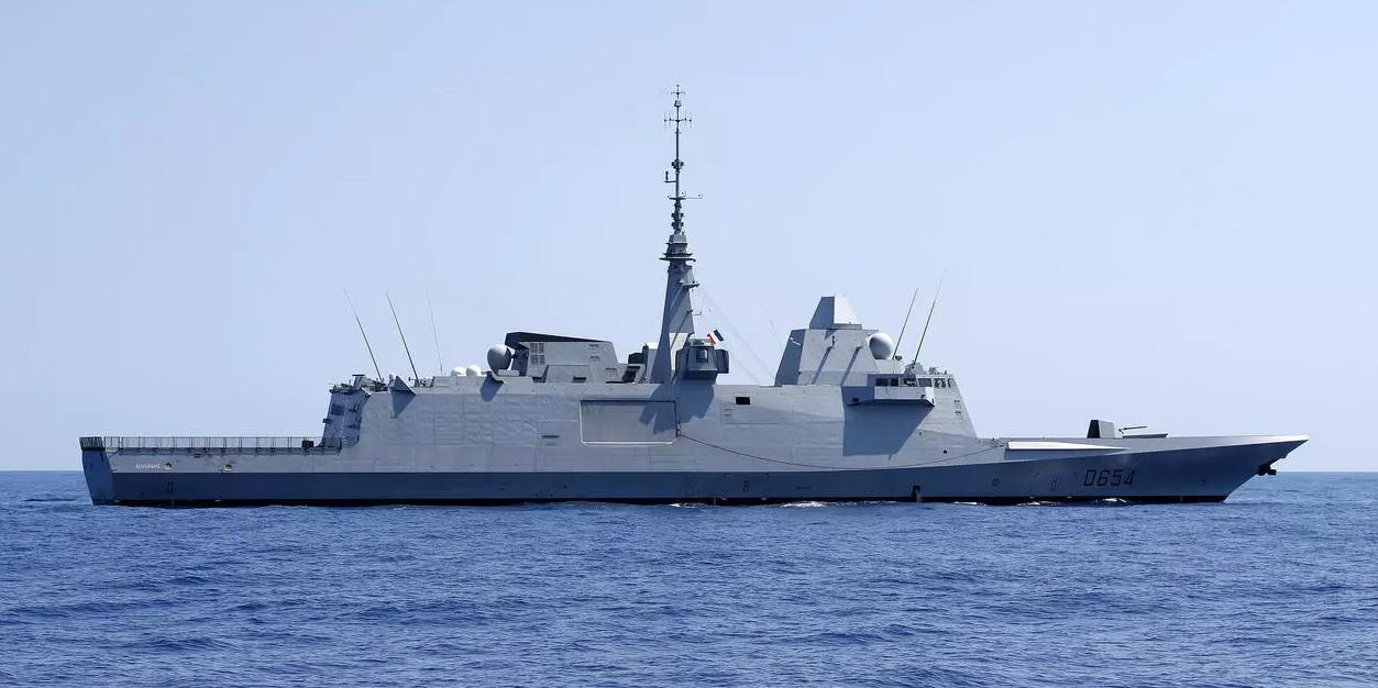 Турецкие военные трижды готовились к атаке французского корабля НАТО в Средиземноморье