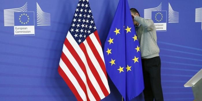 Еврокомиссия выразила беспокойство из-за планов США расширить антироссийские санкции