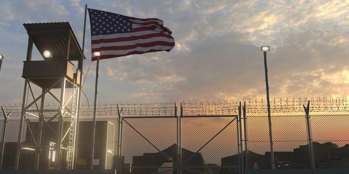 База с военными США подверглась обстрелу в Ираке