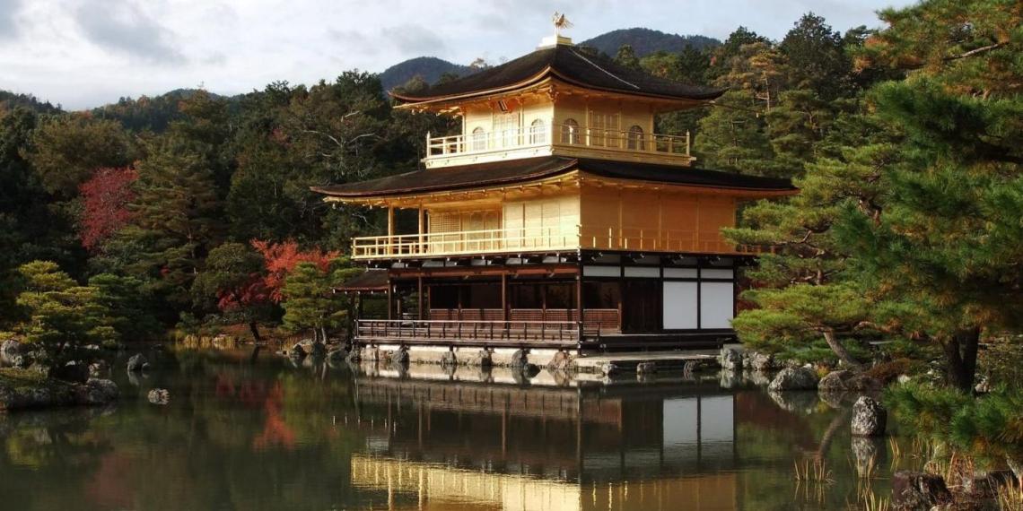 Япония запустит на орбиту буддийский храм