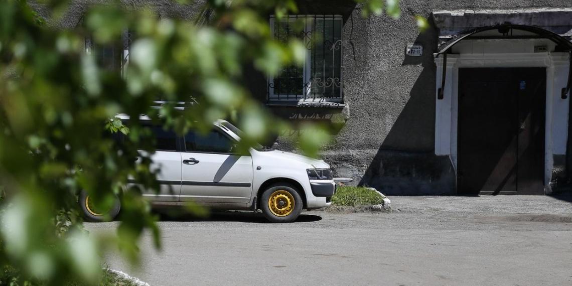 42% россиян, имеющих автомобиль, предпочитают на нем не ездить