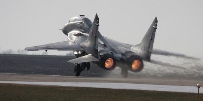 Российские истребители сопроводят самолет Асада