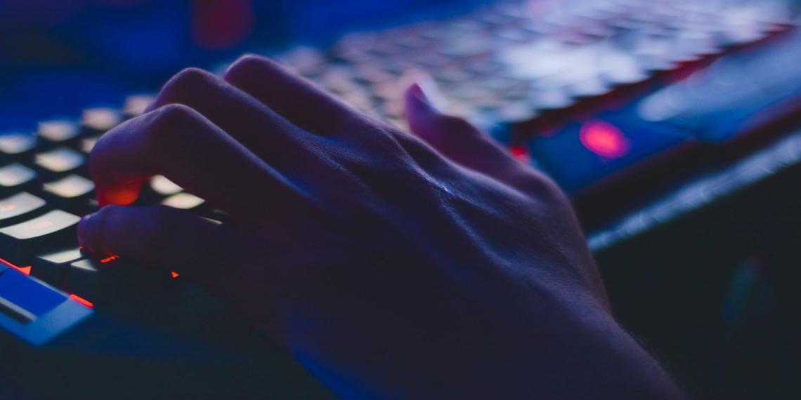 Хакеры замахнулись на геополитику