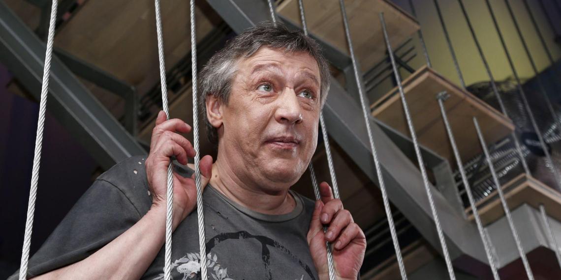 Бывший заключенный, сидевший с Ефремовым в колонии, рассказал правду о состоянии актера