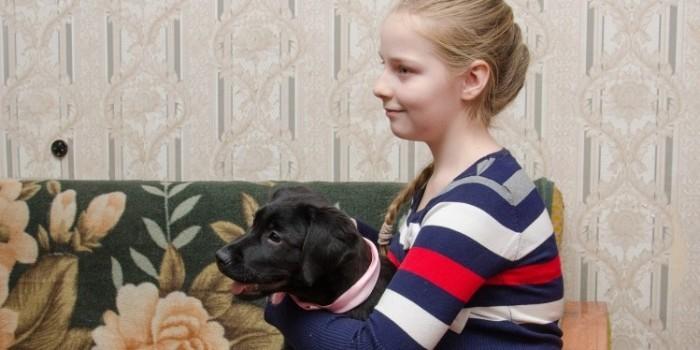 Путин подарил школьнице из Курска щенка лабрадора
