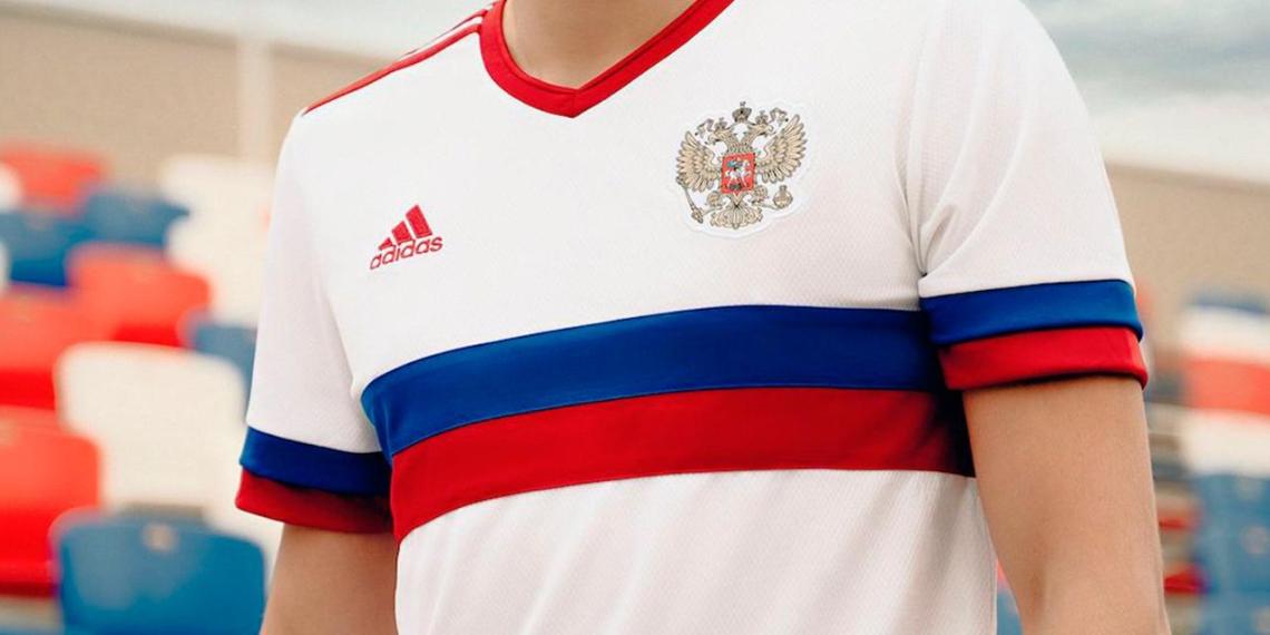 Форма сборной России заняла второе место в рейтинге самых красивых на Евро
