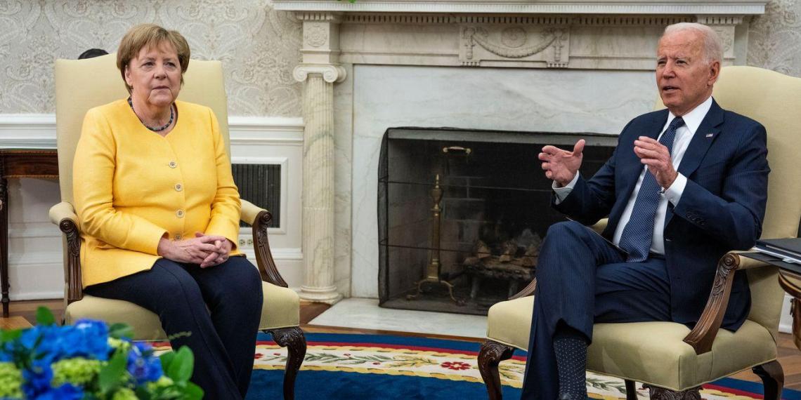 Меркель описала реакцию ЕС в случае остановки Россией транзита газа через Украину