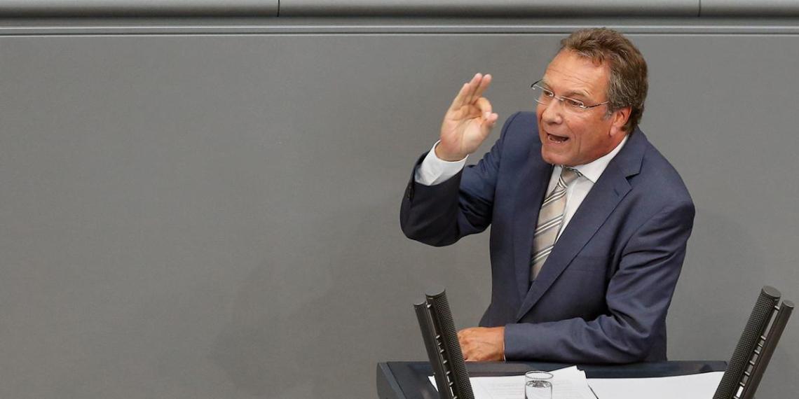 В бундестаге сочли незаконными обязательства Германии в рамках сделки с Вашингтоном по СП-2