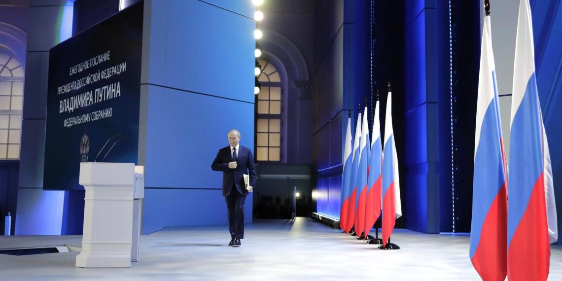 Путин: россияне не должны платить за подводку газа к своим участкам