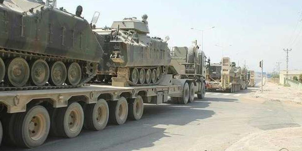 Турция перебрасывает танки к границе с Грецией
