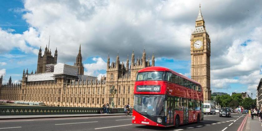 """Работавший в Англии российский дипломат расценил санкции Великобритании как """"политическую халтуру"""""""