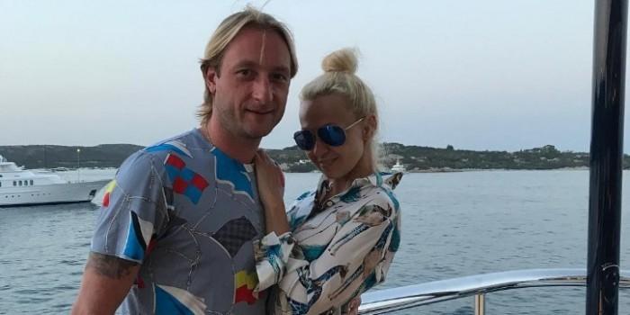 СМИ: Плющенко и Рудковская угрозами отжимают у соседей элитную землю на Рублевке