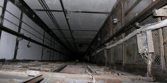 При обрыве лифта в Москве погибли пять человек
