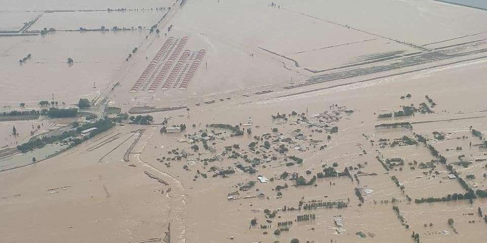 Опубликовано видео последствий прорыва дамбы водохранилища в Узбекистане