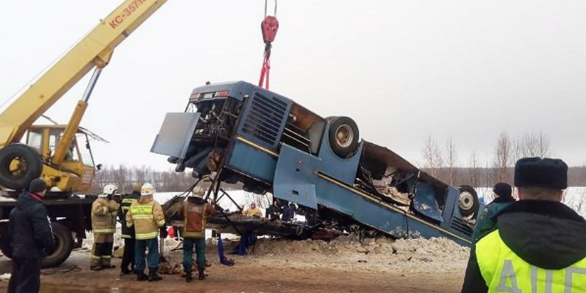 Число погибших в аварии автобуса с детьми под Калугой возросло до 7 человек