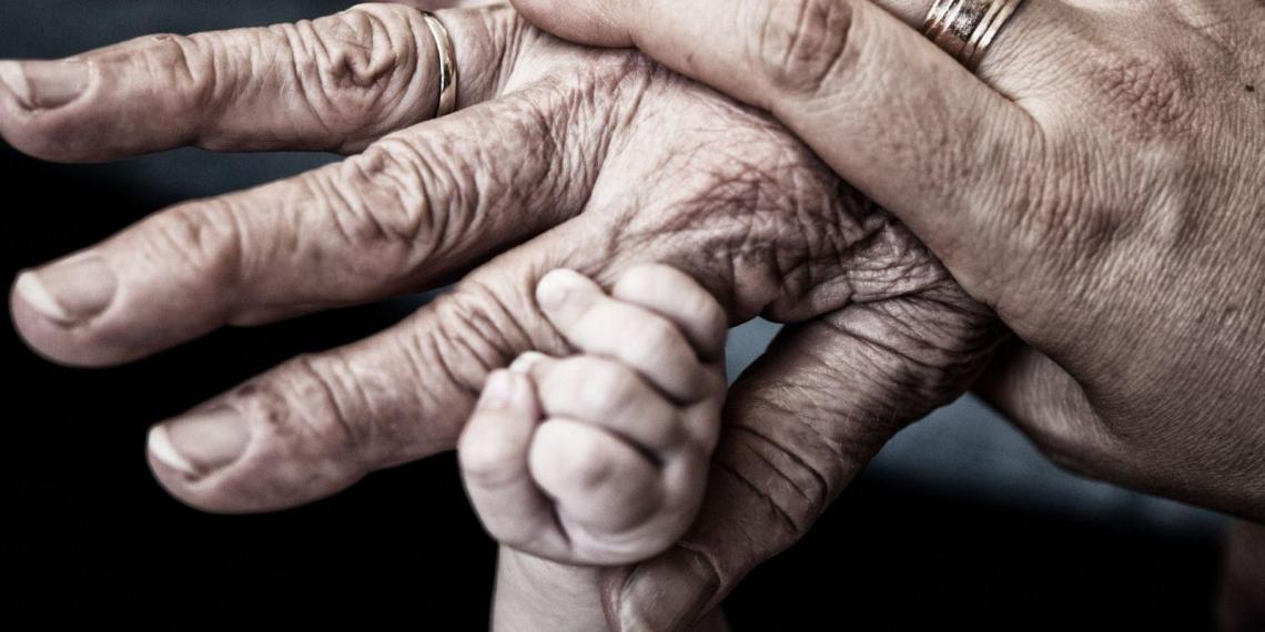 Число внуков у россиян упало в 7 раз за 90 лет