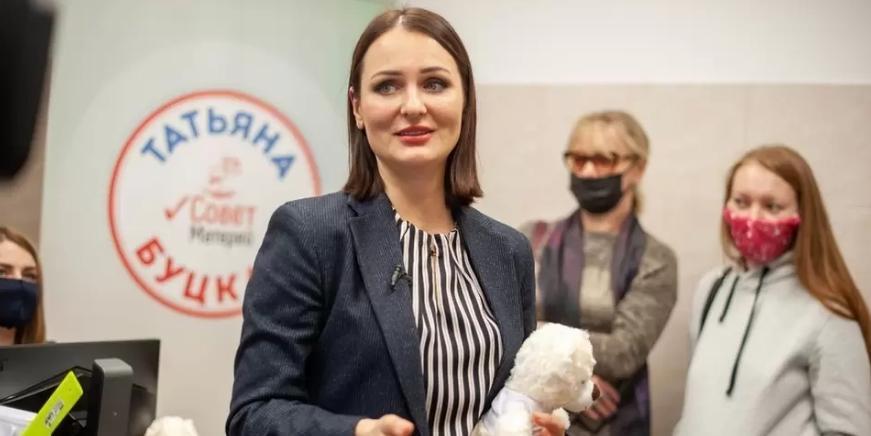 """В """"Единой России"""" предложили обнулить транспортный налог помогающим перевозить инвалидов"""