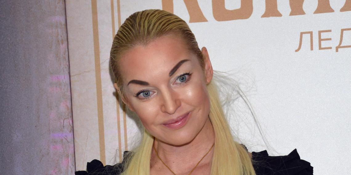 СМИ: Волочкова выходит замуж за сына Никаса Сафронова