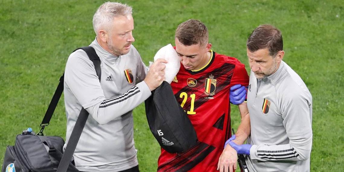 Бельгийцы отказались от лечения своего футболиста в российской больнице после Евро