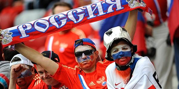 УЕФА предупредил англичан об агрессивных российских фанатах на Евро-2016
