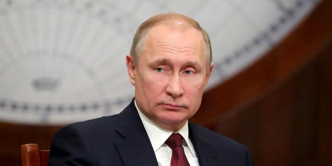 Путин заявил, что Россия первая в мире зарегистрировала вакцину от COVID-19. Его дочь сделала прививку