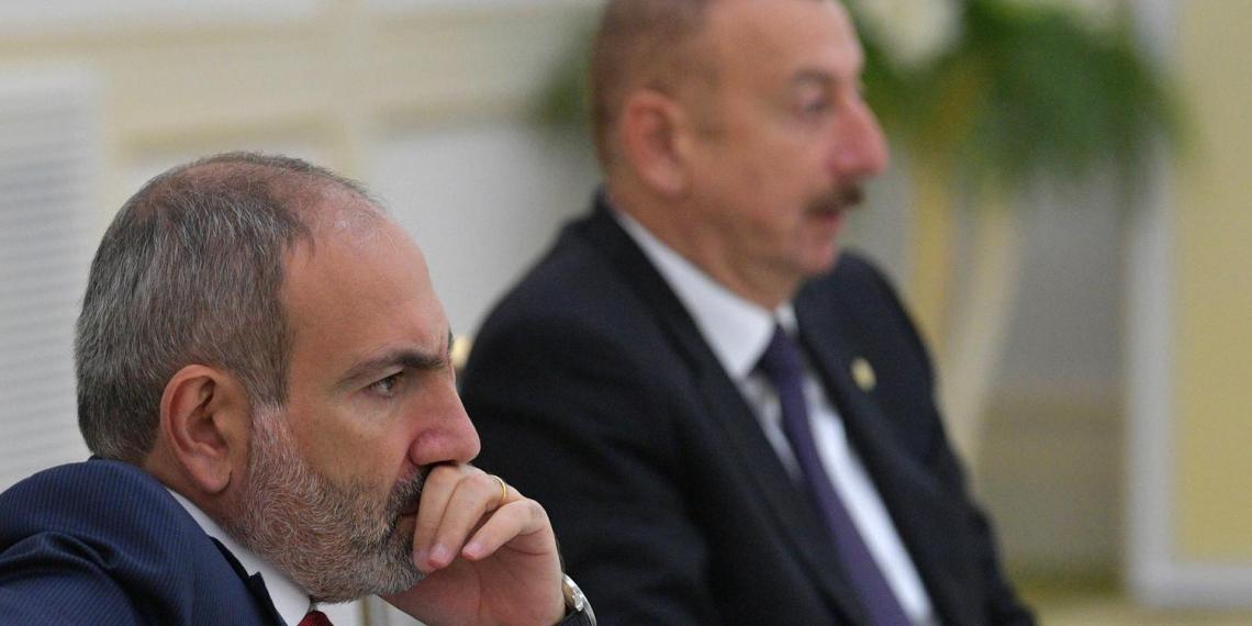 Пашинян позвал в Карабах российских военных