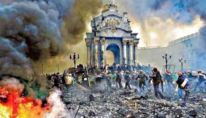 """Путин: нельзя допустить в России """"цветных революций"""" с трагическими последствиями"""