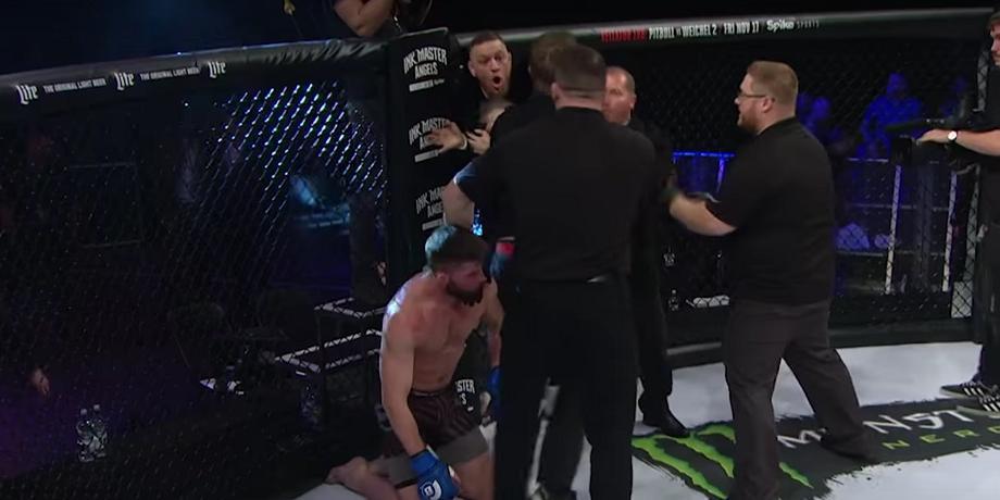 Конор Макгрегор набросился на судью турнира Bellator