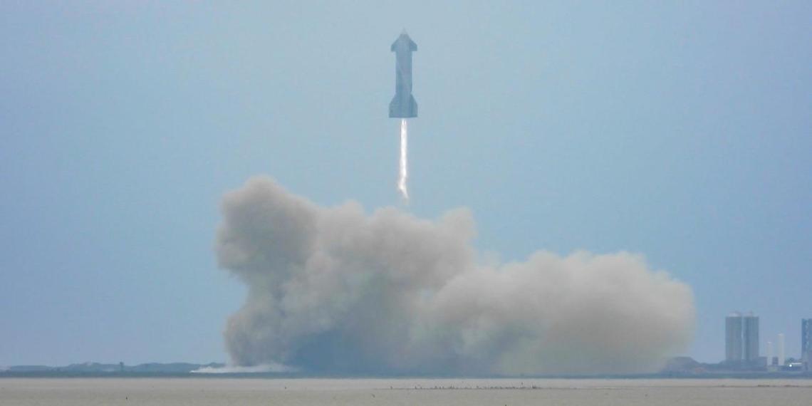 SpaceX показала первую успешную посадку прототипа космического корабля Starship