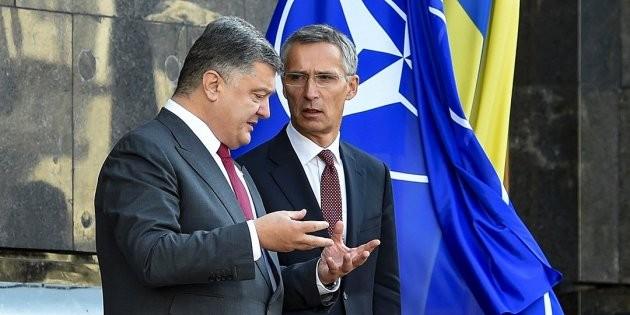 Порошенко обвинил Россию в кибератаке вируса Petya.A