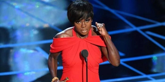 Самовлюбленная речь победительницы Оскара вызвала бурю негодования