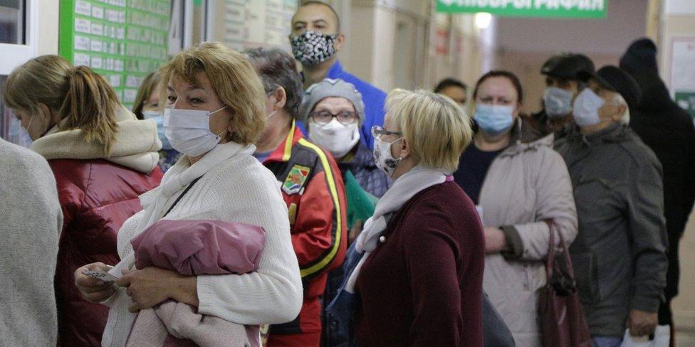 В Москве откроются выездные пункты вакцинации от COVID-19
