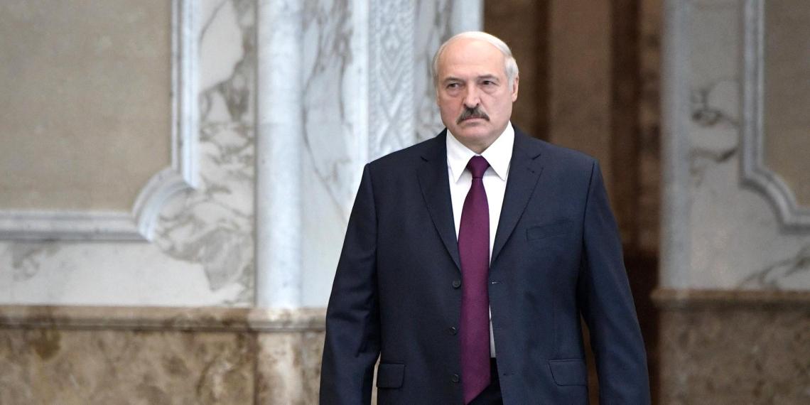 """""""Тесты ни к черту"""": Лукашенко раскритиковал российские тест-системы на Covid-19"""