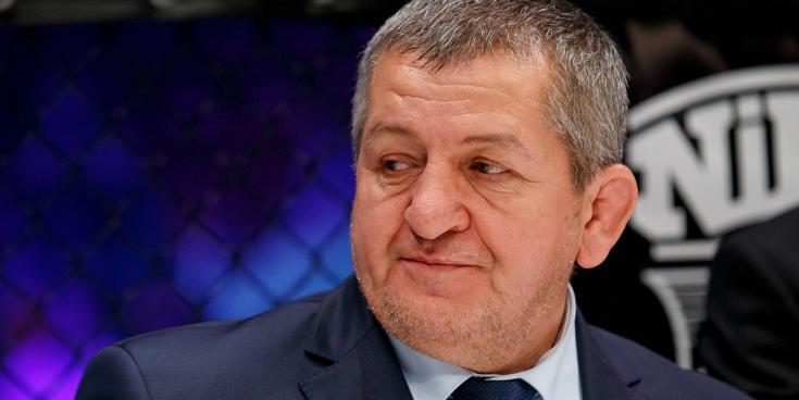Состояние отца Нурмагомедова ухудшилось, он впал в кому