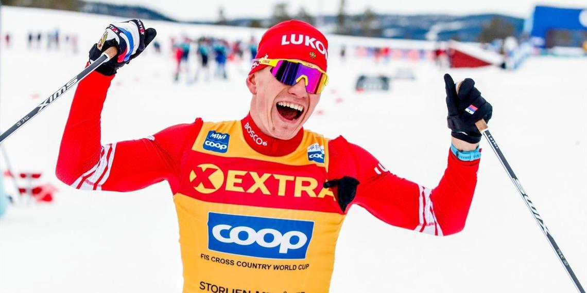 Норвежские лыжники обвинили Большунова в победе с помощью снегохода