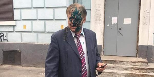 В Киеве радикалы напали на главу Россотрудничества