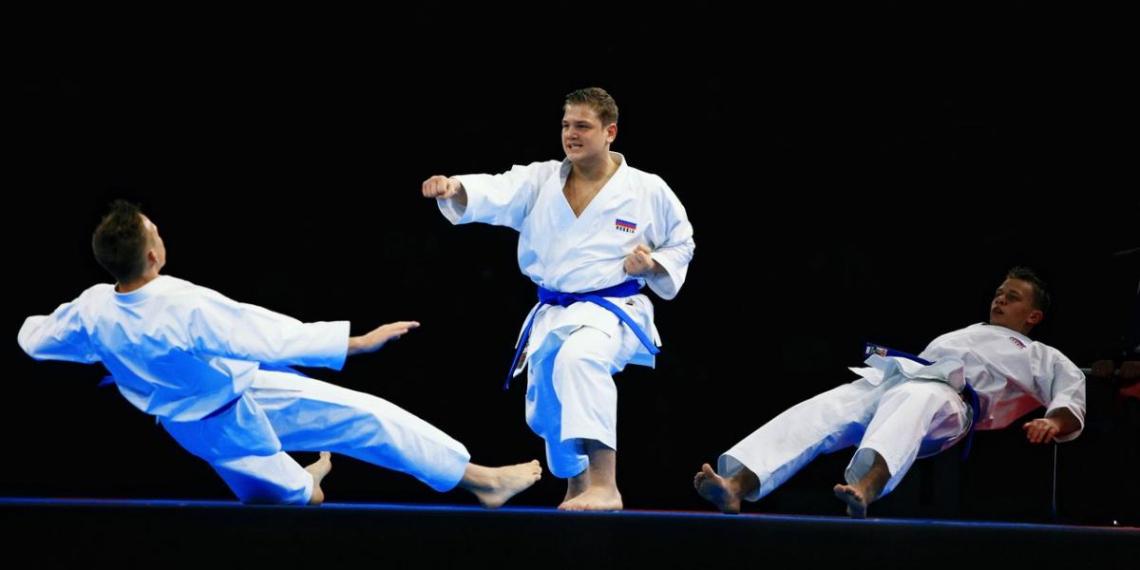 В Тюмени стартовал чемпионат России по каратэ