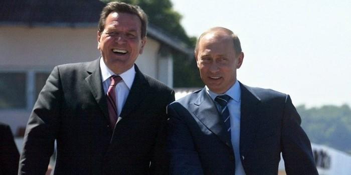 Bild: США следили за Шредером после его отставки, чтобы выйти на Путина