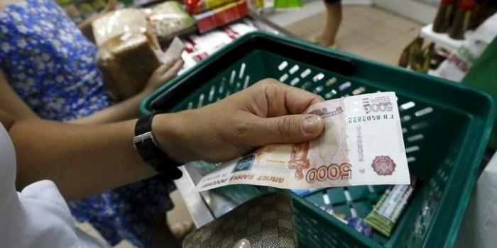 Исследователи назвали размер среднего чека россиянина за один поход в магазин